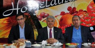 'HDP Milletin Sesi Yerine Kandilin Sesini Dinledi'