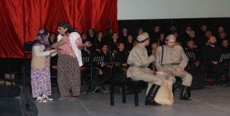 Bayraklı'da duygusal 18 Mart kutlaması