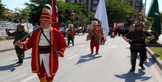 Çanakkale'de Ahilik Haftası'nda Kortej Yürüyüşü
