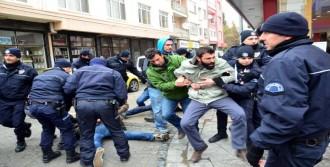 Yaka Paça Gözaltına Alındılar