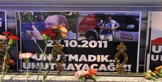 Van Ve Erciş Depremlerini Unutulmadı