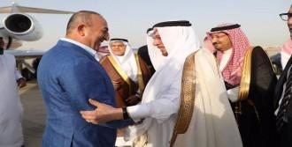 Bakan Çavuşoğlu, Suudi Arabistan'da