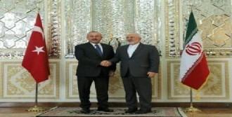İranlı Yetkililerle Görüşüyor