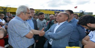 Çaylırova'daki Arçelik Fabrikası'nda İşçi Eylemi