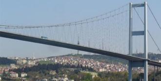 İtalyan Kadın Boğaz Köprüsünden Atladı