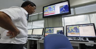 Papua Yeni Gine'de 6,7'lik Deprem