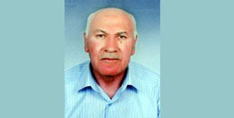 Namaz Kıldığı Camide Babasını Kucağında Kaybetti