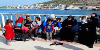 Çeşme'de 74 Kaçak Yakalandı