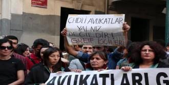 Çhd'li Avukatlardan Beyoğlu'nda Eylem