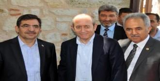 CHP Grup Başkanvekili Hamzaçebi, Yalova'da