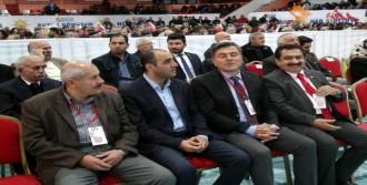 CHP'li Başkan, AK Parti Kongresine Katıldı