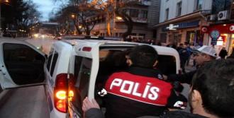 CHP Binasına Saldıran Kişi Gözaltında