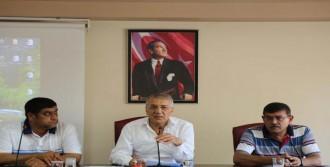 Chp'li Belediyeden Taşeron İşçiye İkramiye