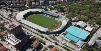 Atatürk Stadı'nın Yıkımına Tepki