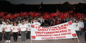 CHP'li Gençlerden Fener Alayı