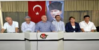 CHP'li Vekiller, İl İl Geziyor