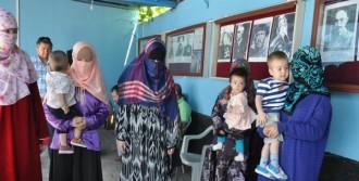 Uygur Türk'ü Kadınların Feryadı