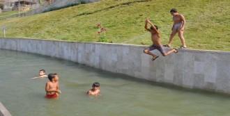 Çocuklar Sıcakta Tehlike Yasak Dinlemiyor