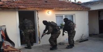 Çorlu'da Uyuşturucu Satıcılarına Operasyon!
