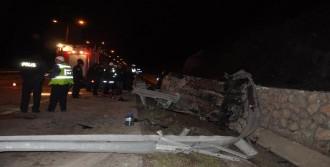 Çorum'da İki Otomobil Çarpıştı: 1 Ölü, 3 Yaralı