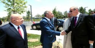 Erdoğan, Cami Açılışına Katıldı