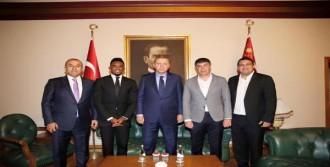 Cumhurbaşkanı Erdoğan, Messi İle Futbol Oynayacak