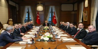 Erdoğan, TBMM Başkanı İsmail Kahraman'ı Kabul Etti