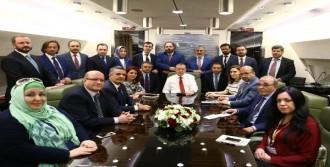 Erdoğan, Gazetecilerle Sohbet Etti