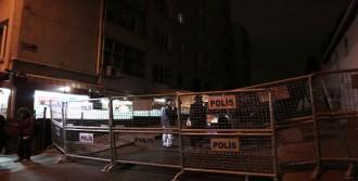 Cumhuriyet Gazetesi Önünde Güvenlik Önlemi