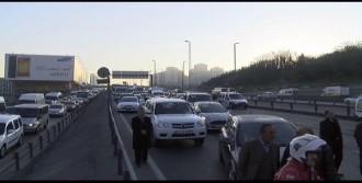 D-100 Karayolu'nda Kaza Trafik Felç