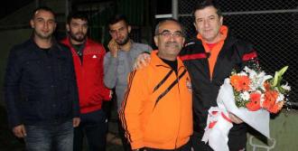 Adanaspor Güvenç Kurtar ile Anlaştı