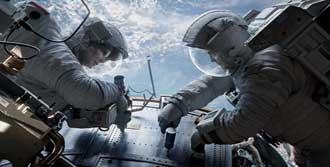 'Yerçekimi' 300 Milyon Doları Geçti