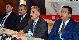 'AKP Türkiye'ye Rest Çekmiştir'