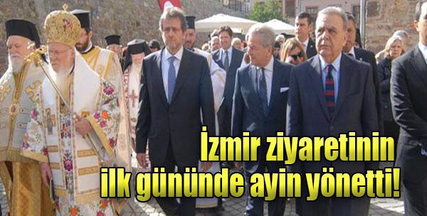 İzmir Ziyaretinin İlk Gününde Ayin Yönetti