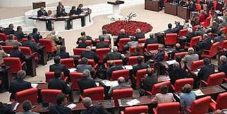 Haber Meclis Çalışanları Ne Kadar Maaş Alıyor?