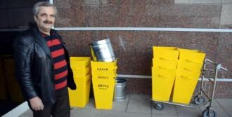 Çöp Kutusu Da Götürmek İstedi