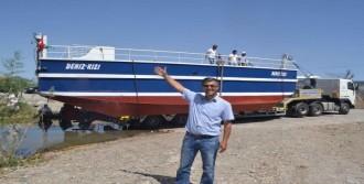 Dalyan Kanalı'nda İkinci Feribot Suya İndirildi