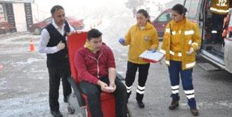 9'u Öğrenci 12 Kişi Yaralandı