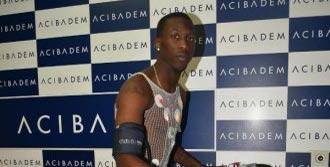 Bursasporlu Advincula Sağlık Kontrolünden Geçti