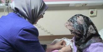Denizli'de 2017'nin İlk Bebeği Melike Oldu