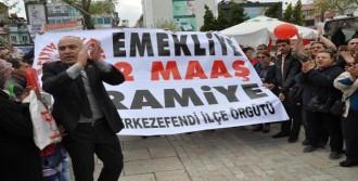 'Milletçe Alkışlıyoruz' Eylemi