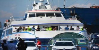 Dikili'ye Yunanistan'dan 70 Kişilik Mülteci Grubu İade Edildi