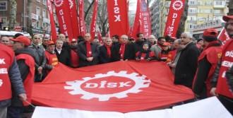 Disk 48'nci Kuruluş Yıldönümünü İzmit'te Kutladı