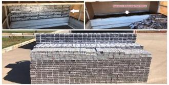 Diyarbakır'da Kamyonetten 13 Bin 510 Paket Kaçak Sigara Çıktı