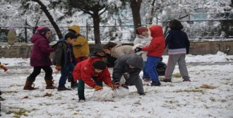 Diyarbakır'da Okullarda Kar Tatili