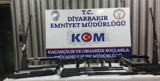 Diyarbakır'da Ruhsatsız Silahlar Ele Geçirildi