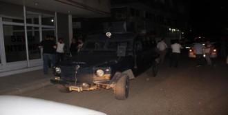 Diyarbakır'da Sokağa Patlayıcı Atıldı