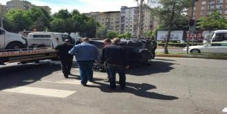 Zırhlı Polis Aracı Takla Attı: 4 Yaralı