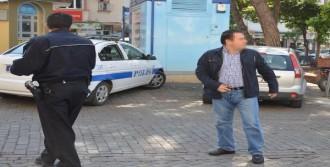 Doktora, Stajyeri Taciz Ettiği İddiasıyla Gözaltı