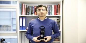 'Türkiye'nin 10 Başarılı Genç İnsanı'